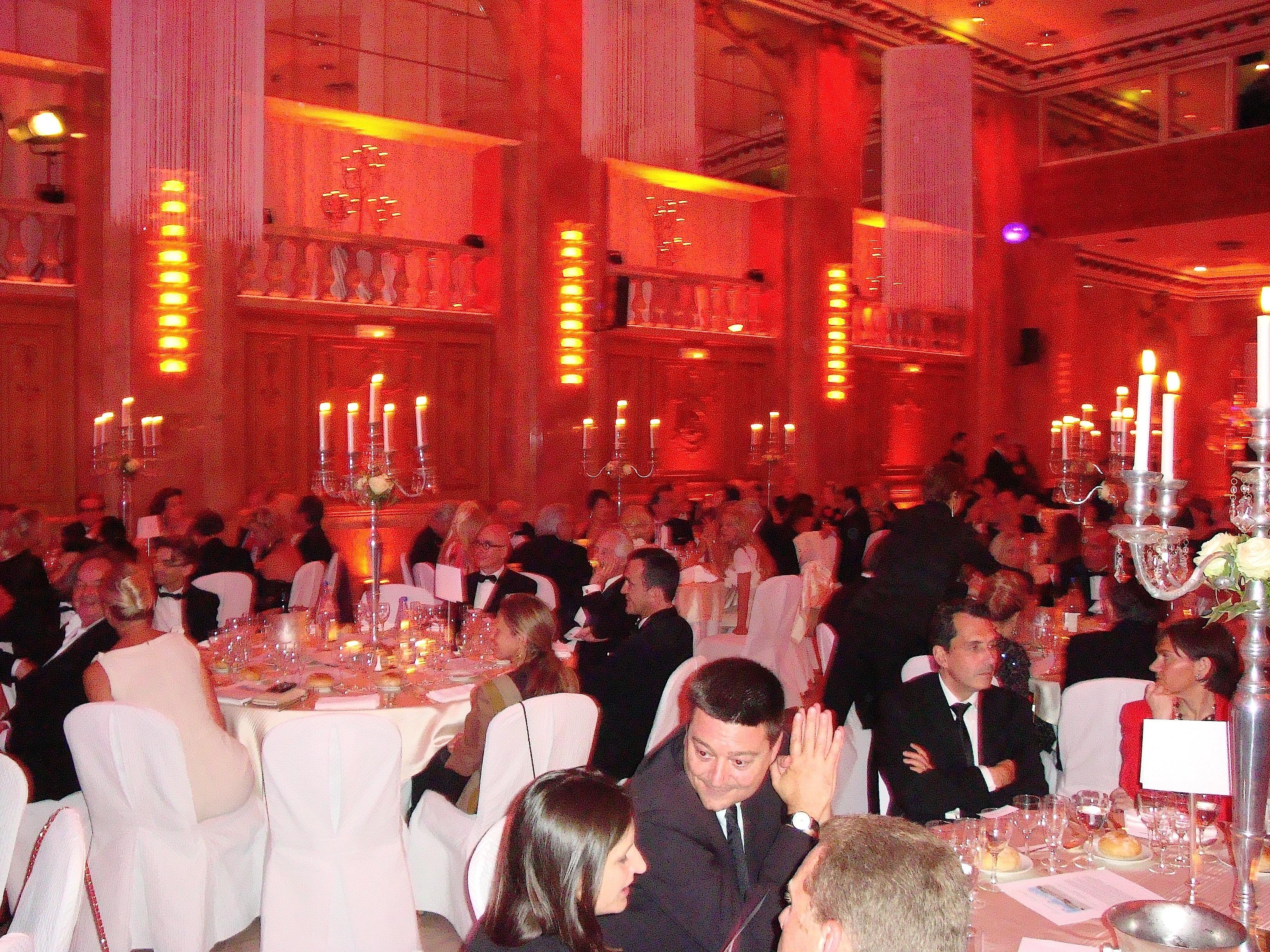 Galas for Salon hoche paris